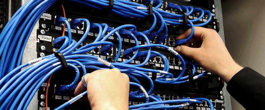 Budowa sieci komputerowych budowa okablowania
